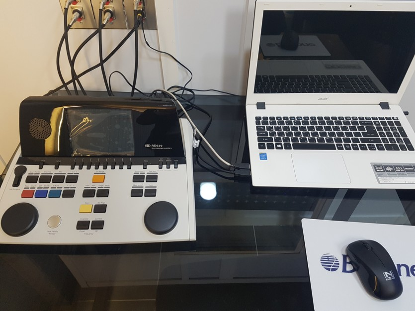대구보청기 밝은귀보청기 청력검사기기